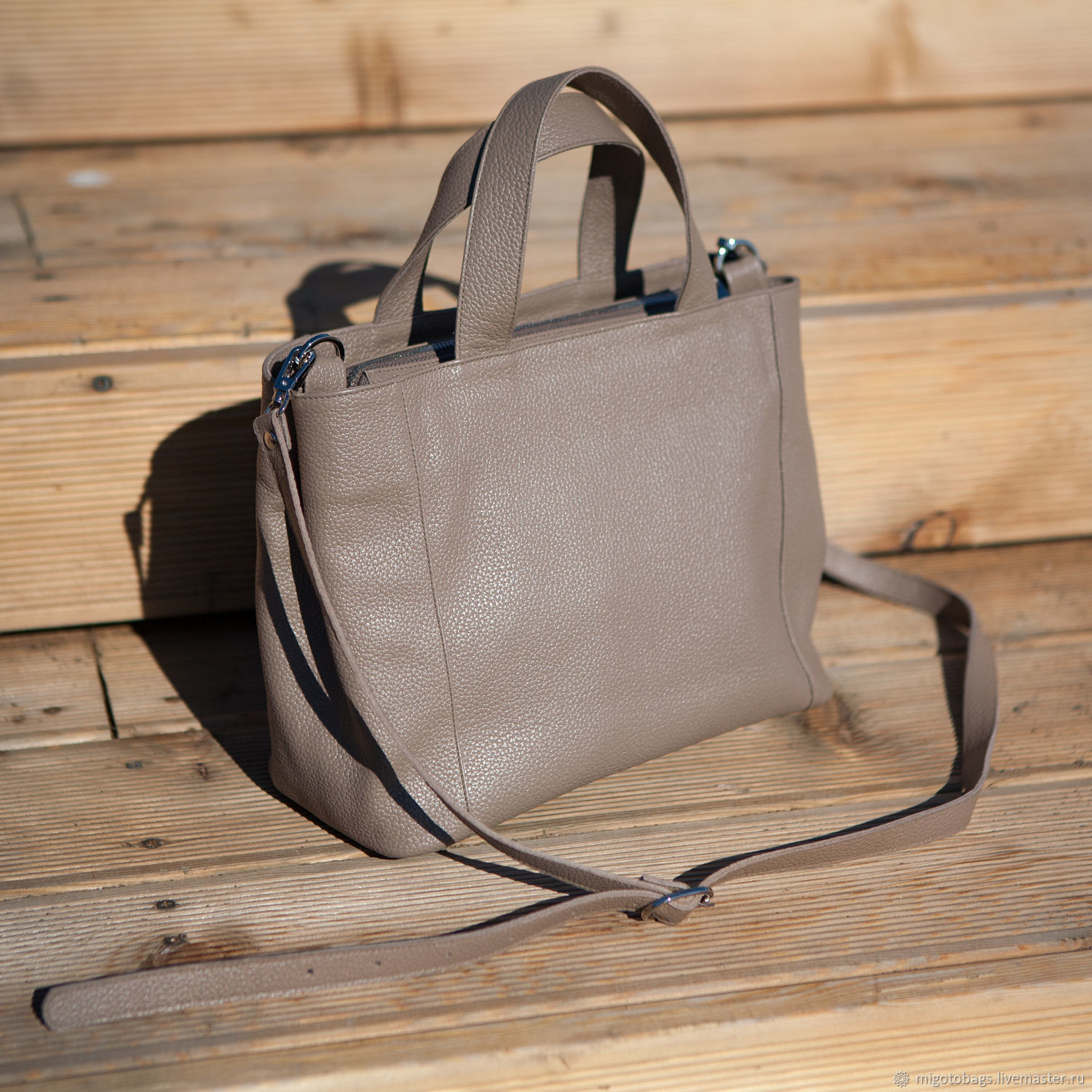 Women's leather bag light brown, Classic Bag, St. Petersburg,  Фото №1