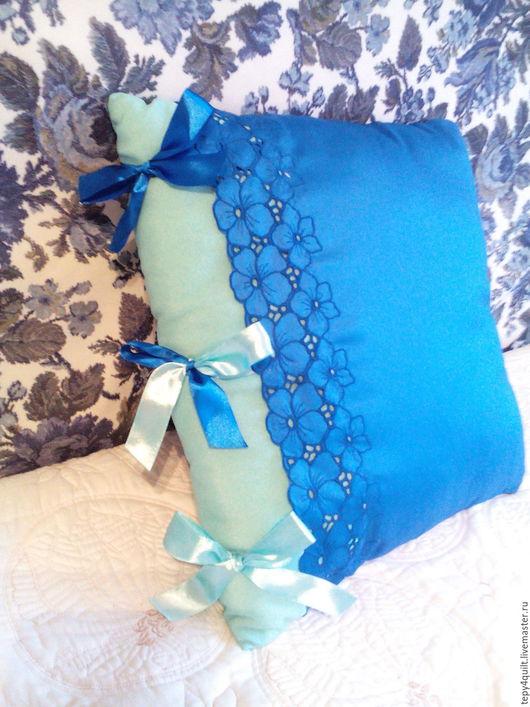Текстиль, ковры ручной работы. Ярмарка Мастеров - ручная работа. Купить Подушка с вышивкой и атласными бантами. Handmade. Синий