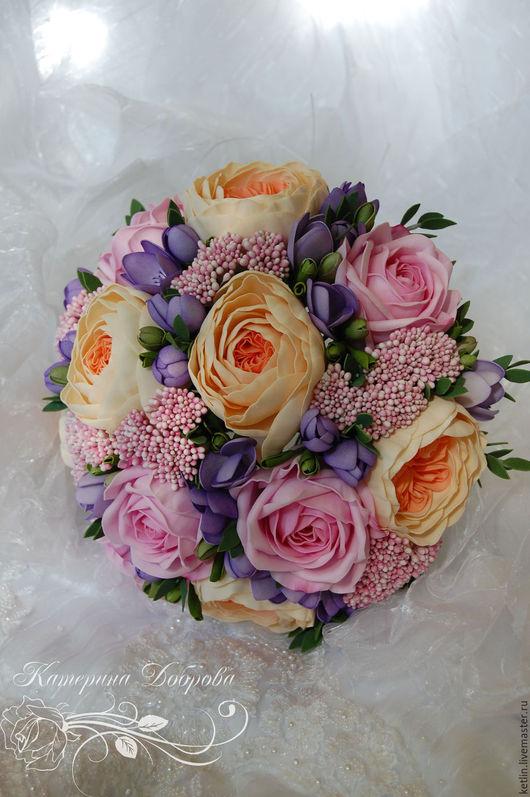 Букеты ручной работы. Ярмарка Мастеров - ручная работа. Купить Свадебный букет с розами, фрезией, озотамнусом и эвкалиптом. Handmade. Сиреневый