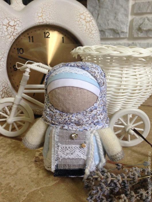 Народные куклы ручной работы,Купить куклу-оберег Крупеничка, оберег на достаток, оберег на благополучие, оберег для дома, русский стиль, русские традиции, серый, белый, голубой, синий.