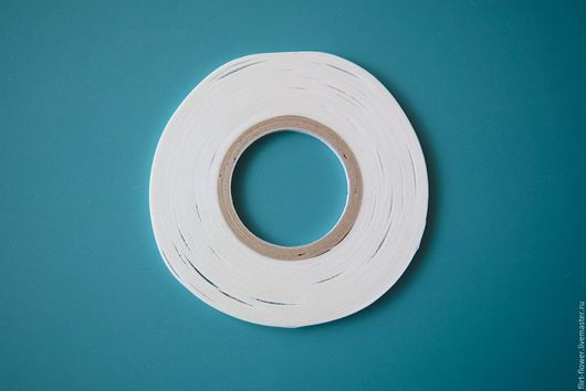Двусторонний скотч для ткани (Япония). Купить двусторонний скотч для ткани. Купить японские материалы для создания цветов. Лента клейкая для шелка и других тканей. Цветы из ткани своими руками. ЯМ