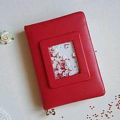 Ежедневники ручной работы. Ярмарка Мастеров - ручная работа Ежедневник недатированный красный с шейкером. Handmade.
