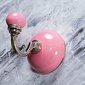Для дома и интерьера ручной работы. Ярмарка Мастеров - ручная работа Керамический крючок розовый. Handmade.