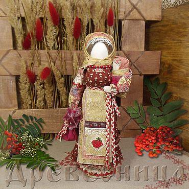 Куклы и игрушки ручной работы. Ярмарка Мастеров - ручная работа Кукла-оберег Рябинка. Handmade.