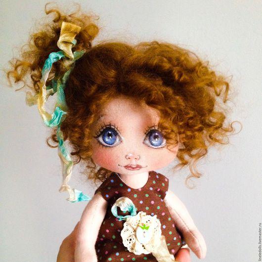 Коллекционные куклы ручной работы. Ярмарка Мастеров - ручная работа. Купить Бусинка. Текстильная кукла. Handmade. Коричневый, кукла текстильная