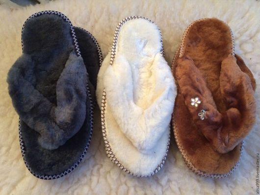 Обувь ручной работы. Ярмарка Мастеров - ручная работа. Купить Женские вьетнамки из овчины (мутон). Handmade. Белый, женские сланцы