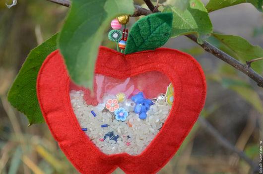 """Развивающие игрушки ручной работы. Ярмарка Мастеров - ручная работа. Купить Развивающая игрушка """"Искалочка """"яблочко"""" для детей. Handmade. развивалки"""