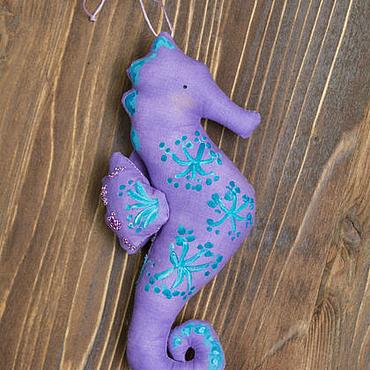 Куклы и игрушки ручной работы. Ярмарка Мастеров - ручная работа Морской коней в стиле Тильда. Handmade.
