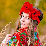 Аксессуары ручной работы. Ярмарка Мастеров - ручная работа Дизайнерская повязка на голову с вязаными красными цветами маками. Handmade.