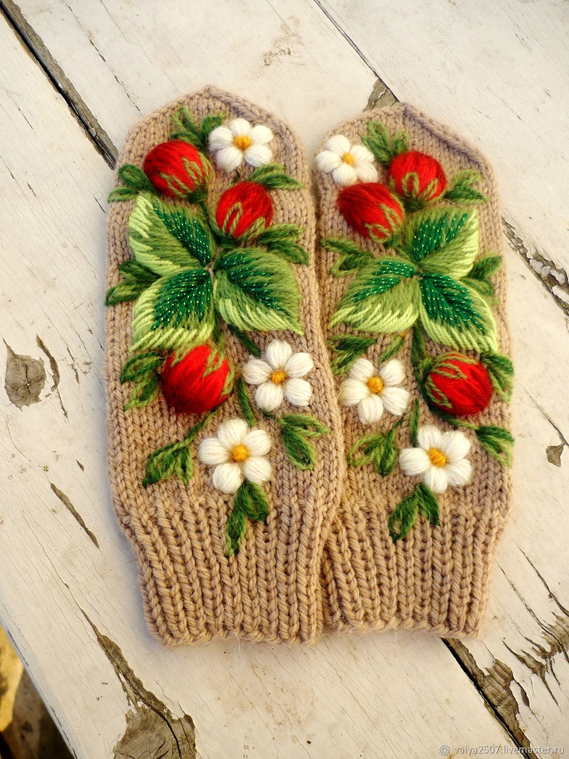 Mittens with embroidery, Mittens, Gribanovsky,  Фото №1