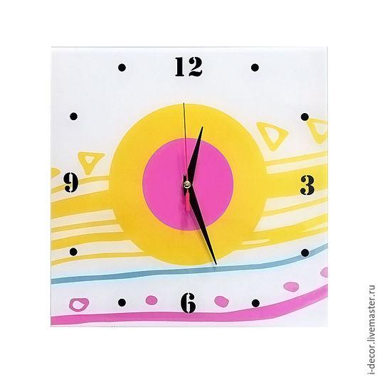 Настенные часы из коллекции Геометрия. Время перемен. Бесшумные часы. Подарок на новоселье. Часы с принтом. Яркие часы. Оригинальные настенные часы. Дизайнерские часы. Часы в подарок.