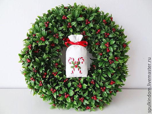 Саше с вышивкой `Рождественские леденцы` `Шпулькин дом` мастерская вышивки