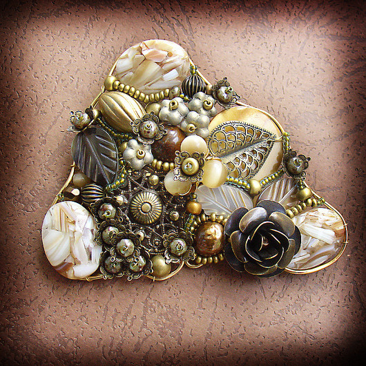 Brooches handmade. Livemaster - handmade. Buy Brooch 'Lola'.Brown, pearl, beads vintage