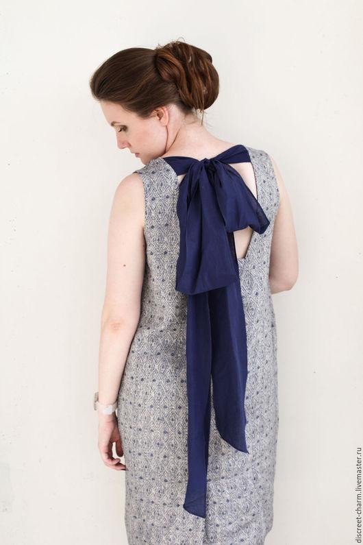 Платья ручной работы. Ярмарка Мастеров - ручная работа. Купить Сине-серое льняное платье с вырезом и бантом на спине. Handmade.