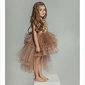 Работы для детей, ручной работы. Ярмарка Мастеров - ручная работа Нарядное платье со шлейфом (золотой). Handmade.