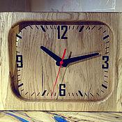Часы ручной работы. Ярмарка Мастеров - ручная работа Часы из дуба с живым краем. Handmade.