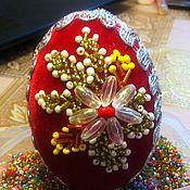 Яйца ручной работы. Ярмарка Мастеров - ручная работа Яйцо пасхальное вышитое бисером. Handmade.