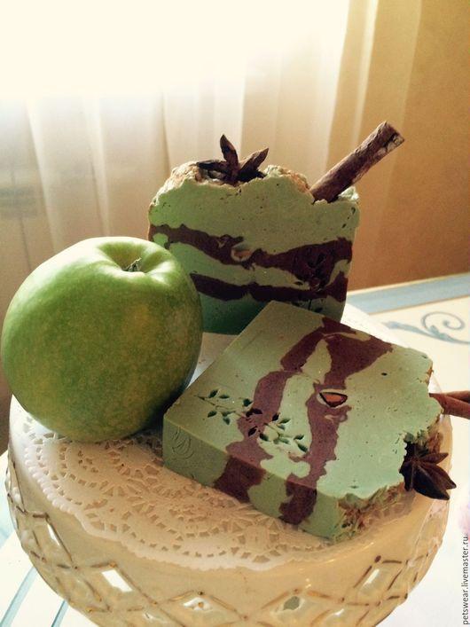 """Мыло ручной работы. Ярмарка Мастеров - ручная работа. Купить ЭКО Мыло""""Зелёное яблоко с корицей""""и зелёной глиной. Handmade. Зеленый"""