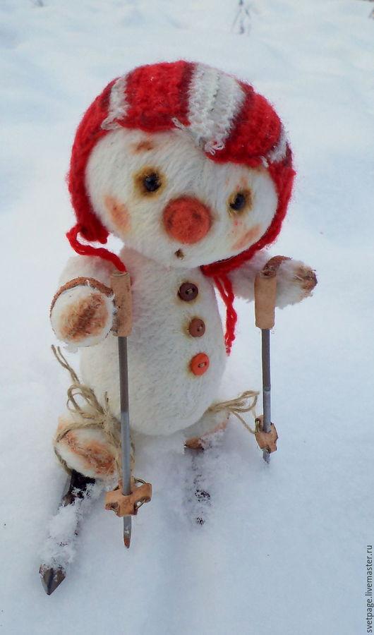 Новый год 2017 ручной работы. Ярмарка Мастеров - ручная работа. Купить Снеговичок Гришка. Handmade. Комбинированный, вязанная шапка, снеговичок