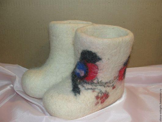 """Обувь ручной работы. Ярмарка Мастеров - ручная работа. Купить Валеночки детские  """"Снегири прилетели"""". Handmade. Белый, валенки для улицы"""