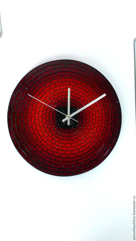 Часы для дома ручной работы. Ярмарка Мастеров - ручная работа. Купить Часы настенные «Кирпичики-3». Handmade. Часы, красный