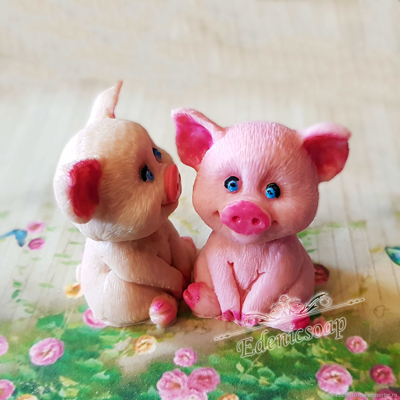 Adorable pigs. Handmade soap.Symbol 2019.Edenicsoap.