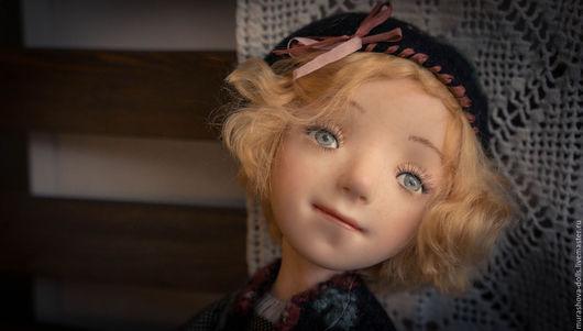 Коллекционные куклы ручной работы. Ярмарка Мастеров - ручная работа. Купить Девочка в берете. Handmade. Черный, любить и жаловать, хлопок