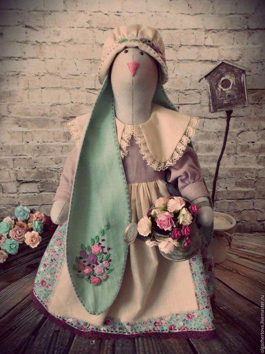 Куклы Тильды ручной работы. Ярмарка Мастеров - ручная работа. Купить Заюшка дачница. Handmade. Комбинированный, зайка в подарок