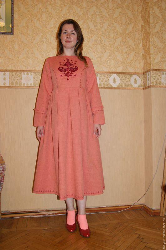 Платье ` Мадина`,в полный рост.
