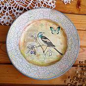 Подарки к праздникам ручной работы. Ярмарка Мастеров - ручная работа Декоративная тарелка в стиле прованс птичка. Handmade.
