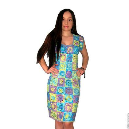Платье летнее `Мозаика`. Связано крючком из отдельных мотивов. Ручная работа. Купить платье летнее. Анжелика Добренчук. Авторское платье.Платье вязанное. Платье цветное. Платье из мотивов.