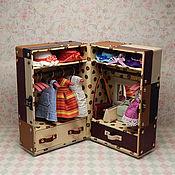 Куклы и игрушки ручной работы. Ярмарка Мастеров - ручная работа Шкаф-чемодан кукольный MIX. Handmade.