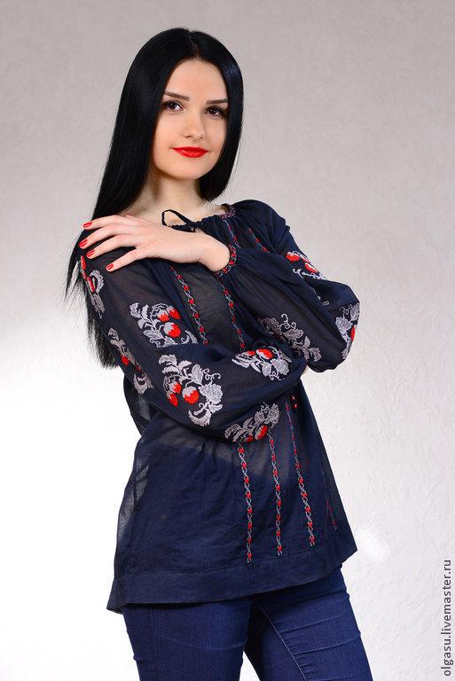 """Блузки ручной работы. Ярмарка Мастеров - ручная работа. Купить Летняя вышитая блуза туника """"Ягодки"""" женская вышиванка. Handmade."""