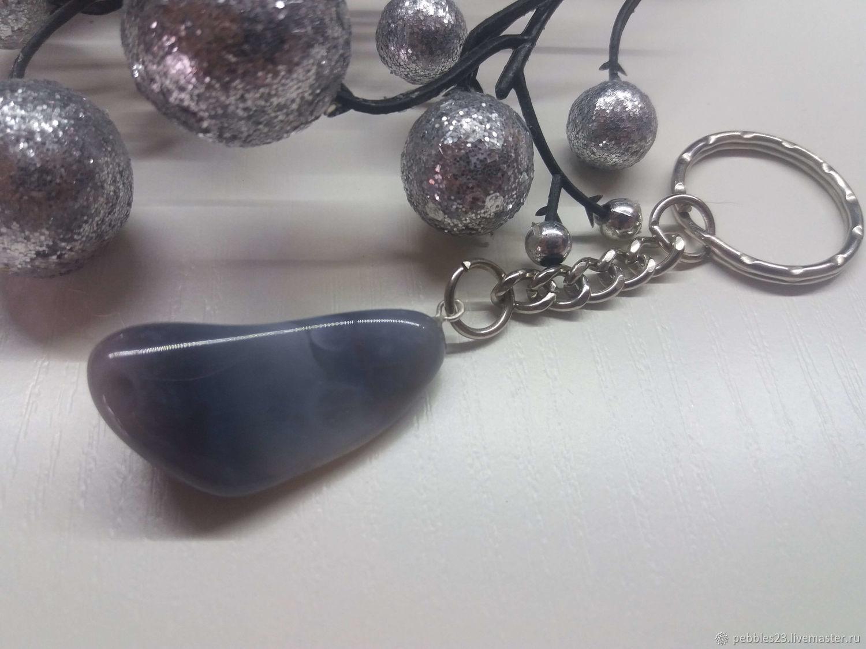 Брелок для ключей Агат серый, натуральный камень