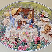 """Картины и панно ручной работы. Ярмарка Мастеров - ручная работа Вышитая картина """"Полуденный чай"""". Handmade."""