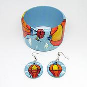 handmade. Livemaster - original item Set: wooden bracelet and earrings with balloons. Handmade.