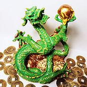 Статуэтка ручной работы. Ярмарка Мастеров - ручная работа Статуэтка: Дракон феншуй жемчужина богатство энергия ци. Handmade.