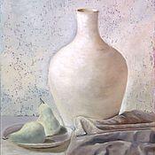 Картины ручной работы. Ярмарка Мастеров - ручная работа Натюрморт с вазой: Белая ваза на белом столе. Handmade.