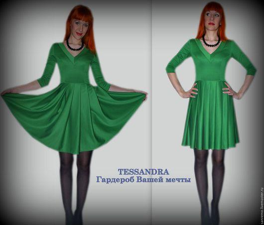 """Платья ручной работы. Ярмарка Мастеров - ручная работа. Купить Платье """"Ассоль"""". Handmade. Зеленый, изумрудный"""