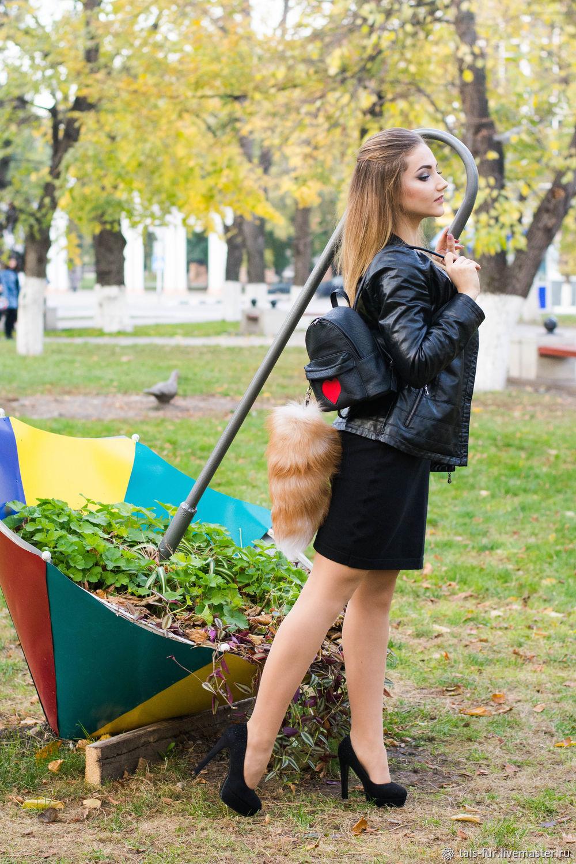 Брелок на сумку Хвост.На рюкзак.Меховой брелок.Хвост на карабине, Украшения для сумок, Краснодар,  Фото №1