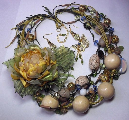 Jewelry Sets handmade. Livemaster - handmade. Buy The Yellow Lotus Pond. Kit..Necklace, lemon, beads wood