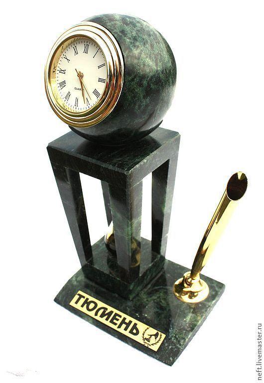 """Персональные подарки ручной работы. Ярмарка Мастеров - ручная работа. Купить Часы """"Геоид"""". Handmade. Тёмно-зелёный, металл, лукойл"""