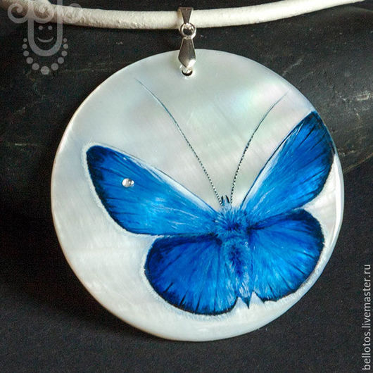 """Кулоны, подвески ручной работы. Ярмарка Мастеров - ручная работа. Купить Кулон """"Синяя бабочка счастья"""" - роспись на камне. Handmade."""
