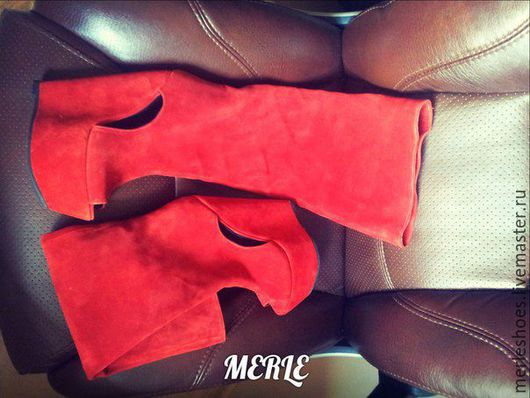 Обувь ручной работы. Ярмарка Мастеров - ручная работа. Купить Сапоги красный натуральный замш, танкетка 15 см. Handmade.