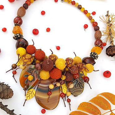 """Украшения ручной работы. Ярмарка Мастеров - ручная работа Колье:"""" Рыжая осень"""" из желтых агатов и натуральной шерсти. Handmade."""