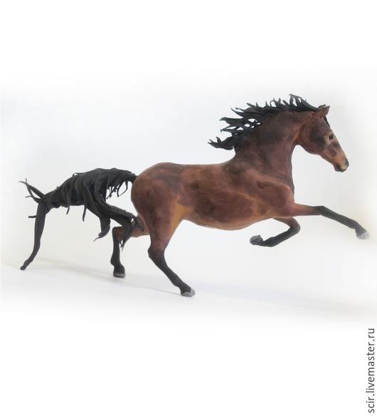 """Статуэтки ручной работы. Ярмарка Мастеров - ручная работа. Купить фигурка """"Гнедая лошадь"""" (статуэтка лошади по фото,коричневый). Handmade."""