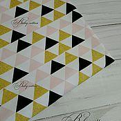 Футер треугольники с розовым