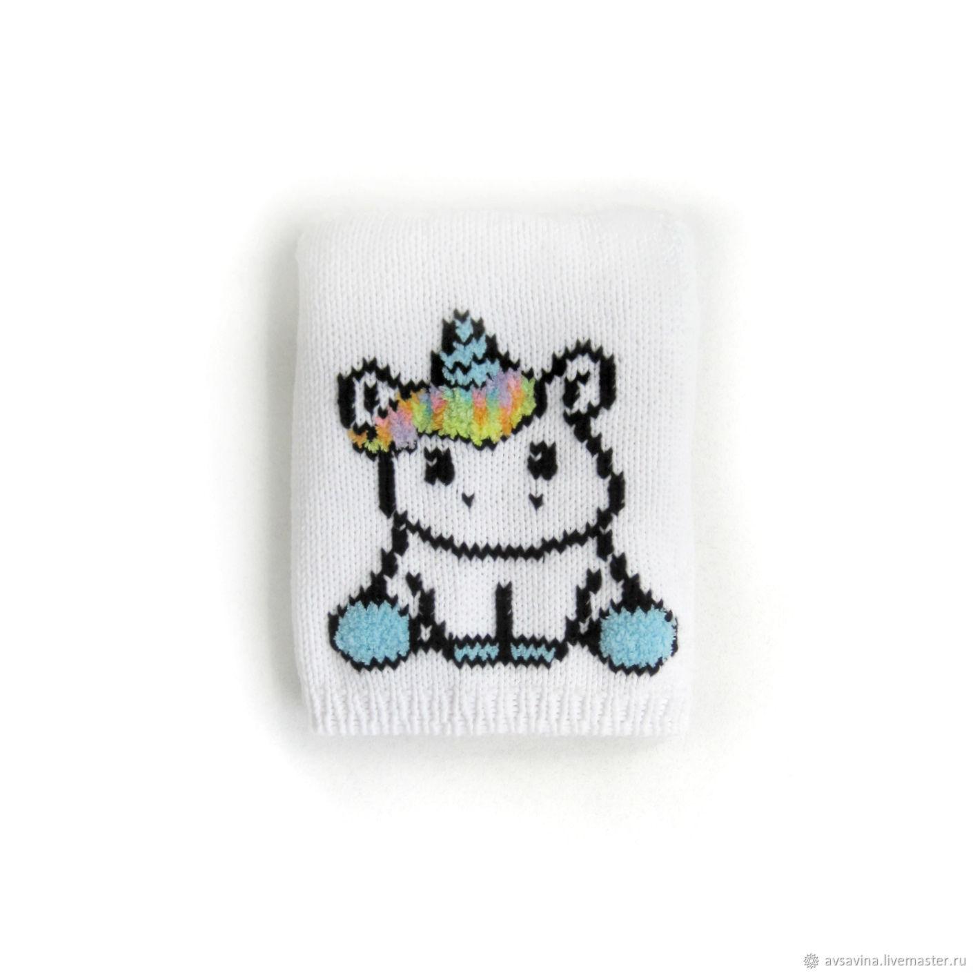 """Одежда для девочек, ручной работы. Ярмарка Мастеров - ручная работа. Купить Детский джемпер с вышивкой """"Unicorn"""" белый радуга. Handmade."""
