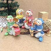 Мягкие игрушки ручной работы. Ярмарка Мастеров - ручная работа Квартет снеговичков Ватная игрушка на ёлку. Handmade.