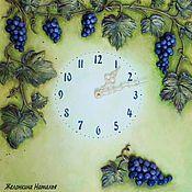 """Часы """"Виноградная лоза""""."""